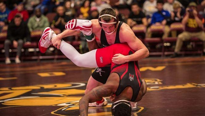 mens wrestling