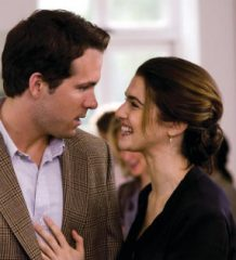 Will Hayes (RYAN REYNOLDS) flirts with free-spirited but ambitious journalist Summer (RACHEL WEISZ) in a romantic comedy about going back to find your happy ending--?Definitely, Maybe?.