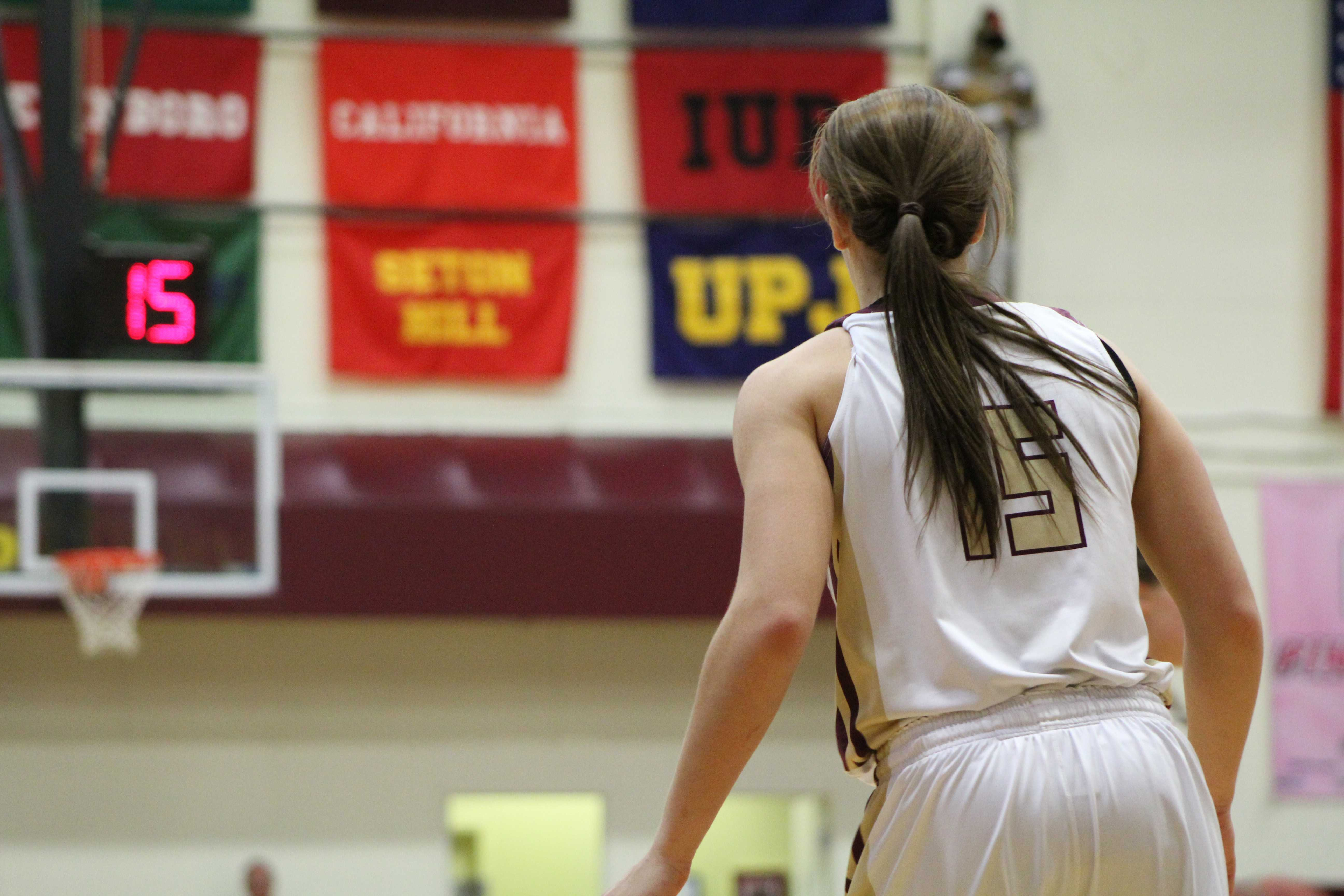Women trail IUP,  California by 1 game