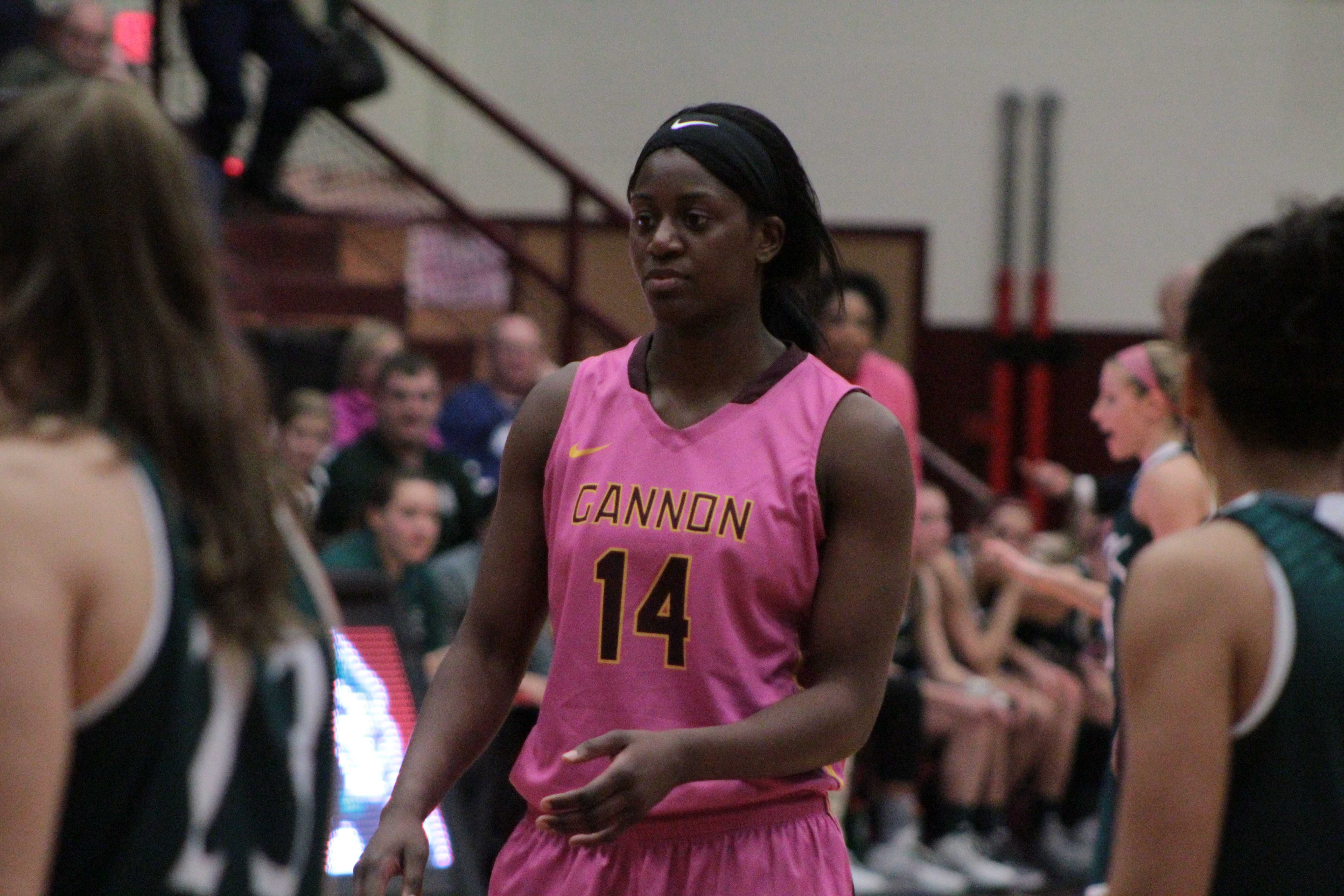 Women's basketball loses to IUP, 75-70