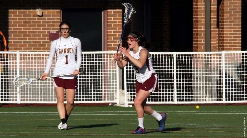 Lacrosse+wins+one%2C+loses+one