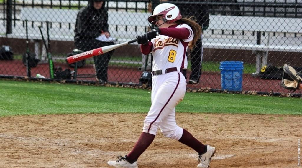 Softball sweeps Mercyhurst, falls to Cal