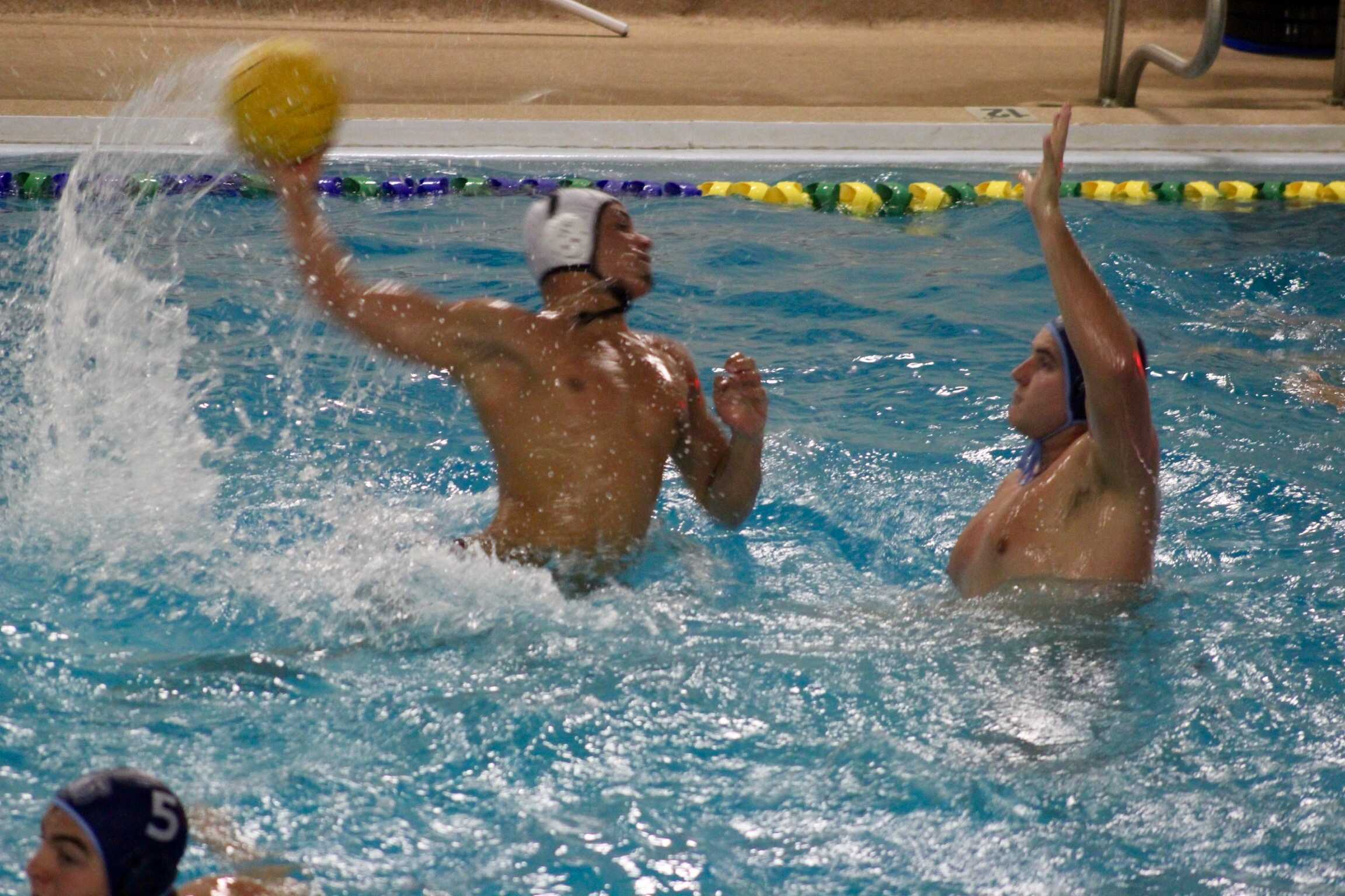 Water polo sets record for consecutive wins