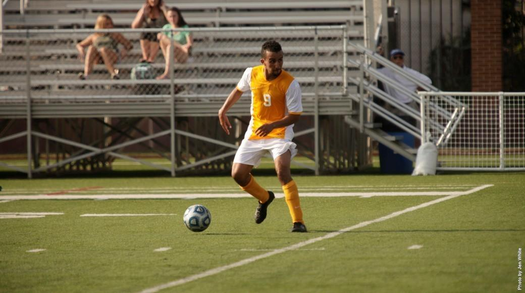 Men's soccer splits its first two games