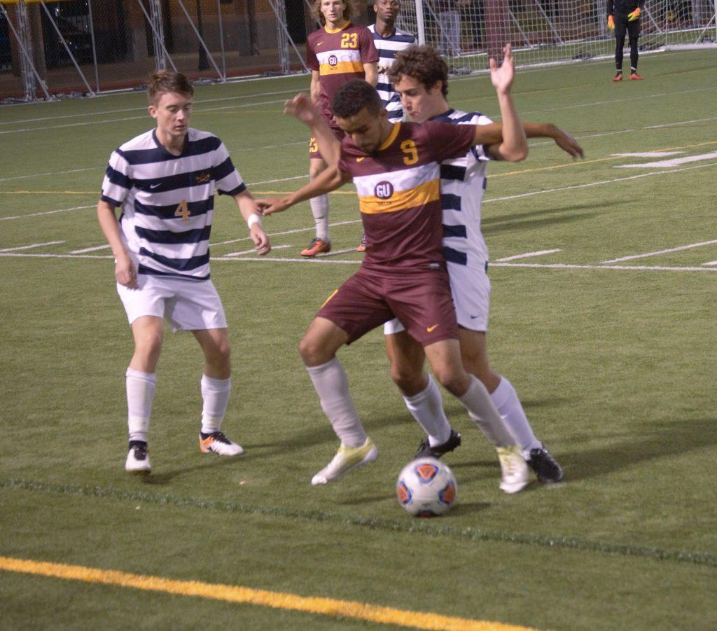 Men's soccer wins 2-1 on Homecoming