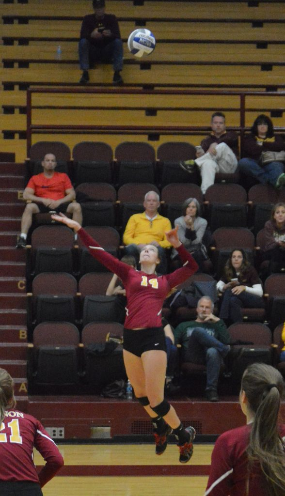 Volleyball sweeps Erie rival Mercyhurst, 3-0
