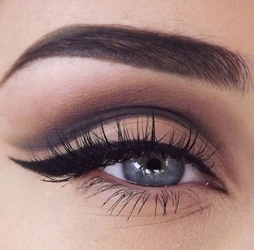 Makeup trends : Cut crease shadow