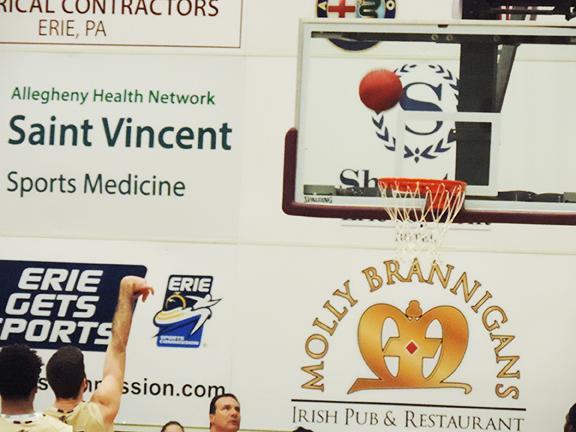 Men's basketball beats CalU, Clarion