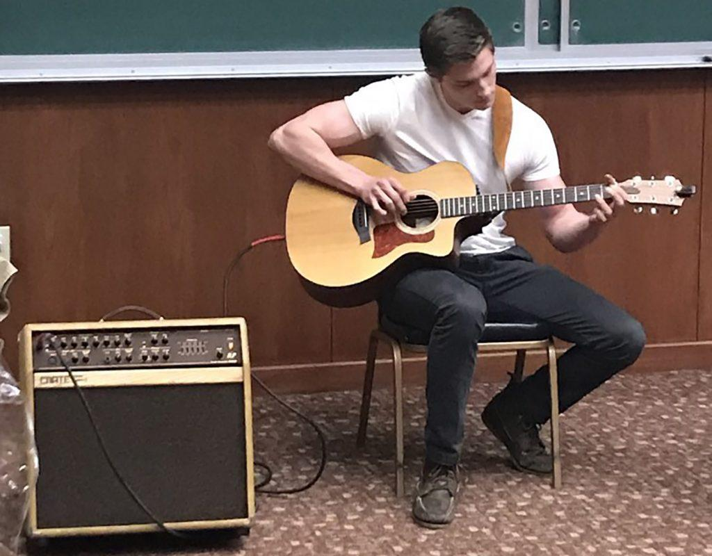 Brothers showcase talents at date auction