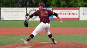 Baseball splits four games with Seton Hill