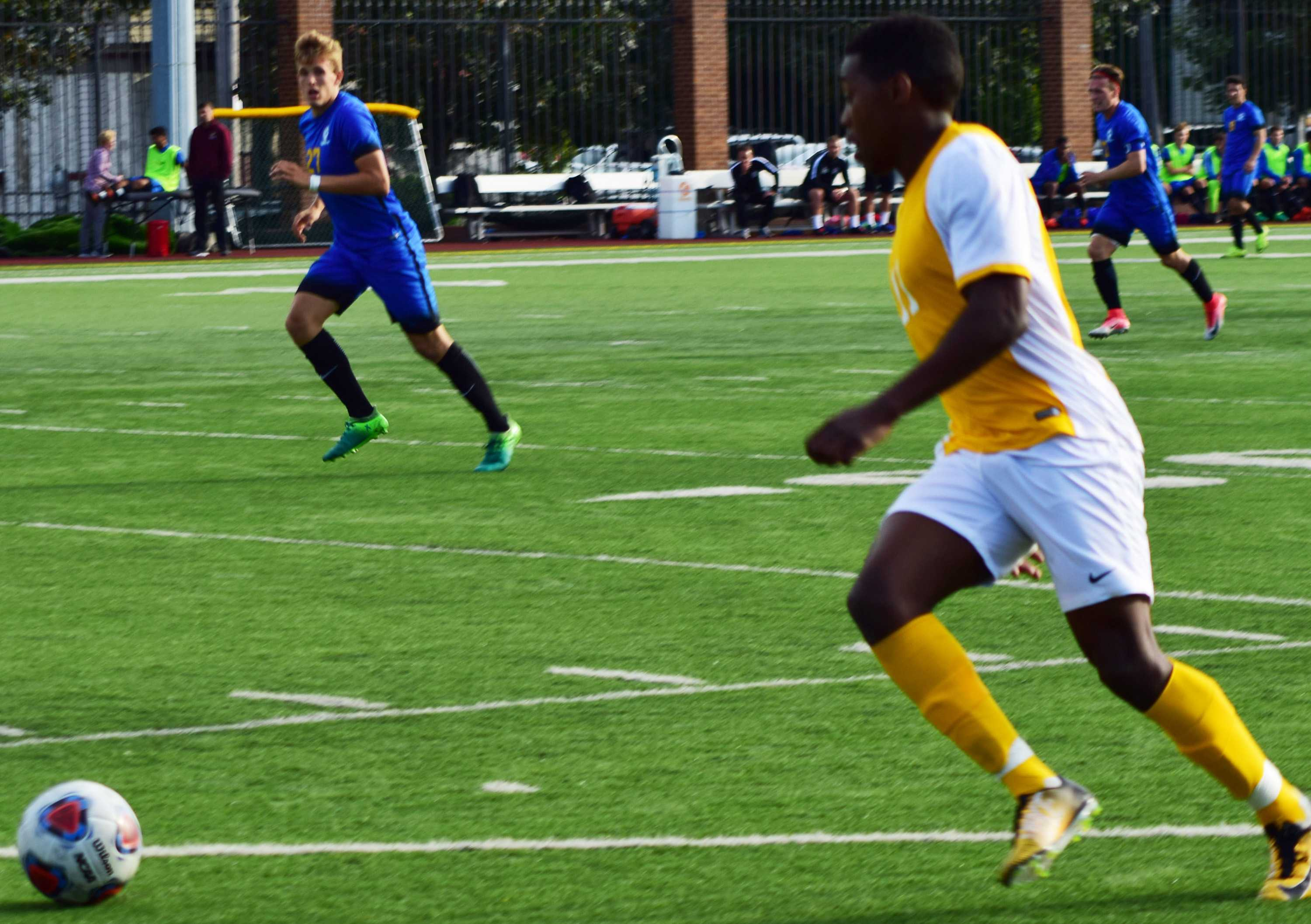 Men's soccer increases win streak to six after 3-1 win