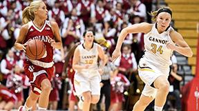 Women's basketball drops preseason game at Indiana University Monday