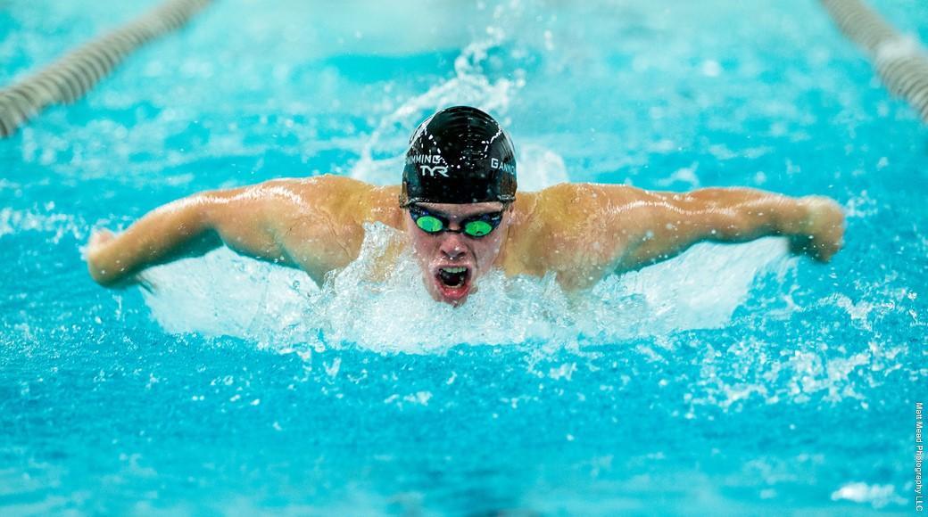 Men's, women's swimming and diving finish third