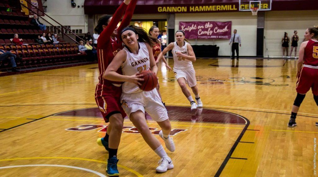 Women's basketball defeats Clarion to move to 8-8