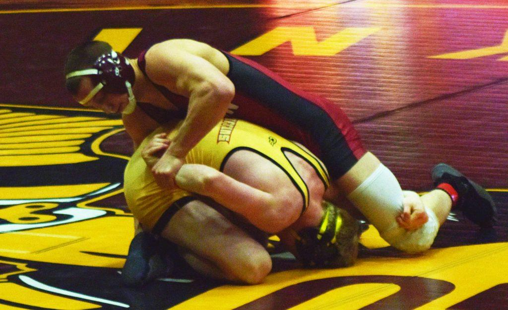 Wrestling defeats Mercyhurst in final regular season match