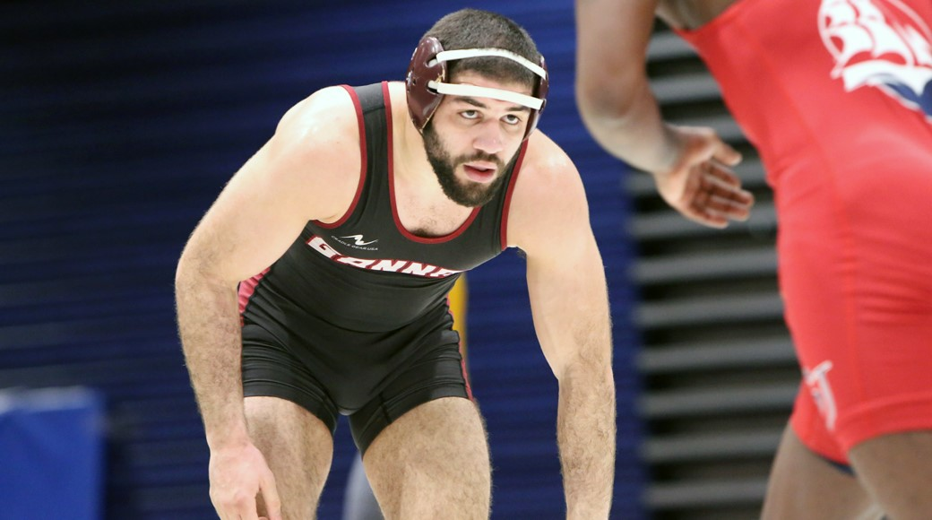 Wrestling sends three to national contest