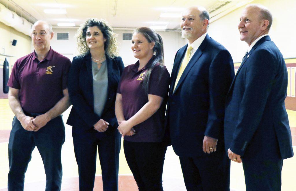 Gannon welcomes women's wrestling coach