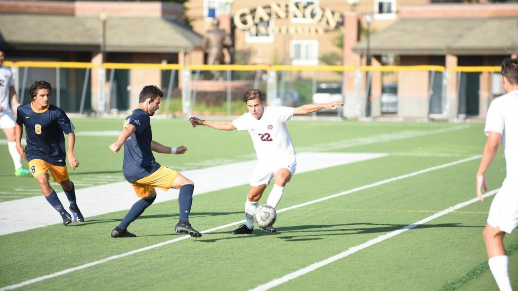 Men's soccer looks to continue current winning streak