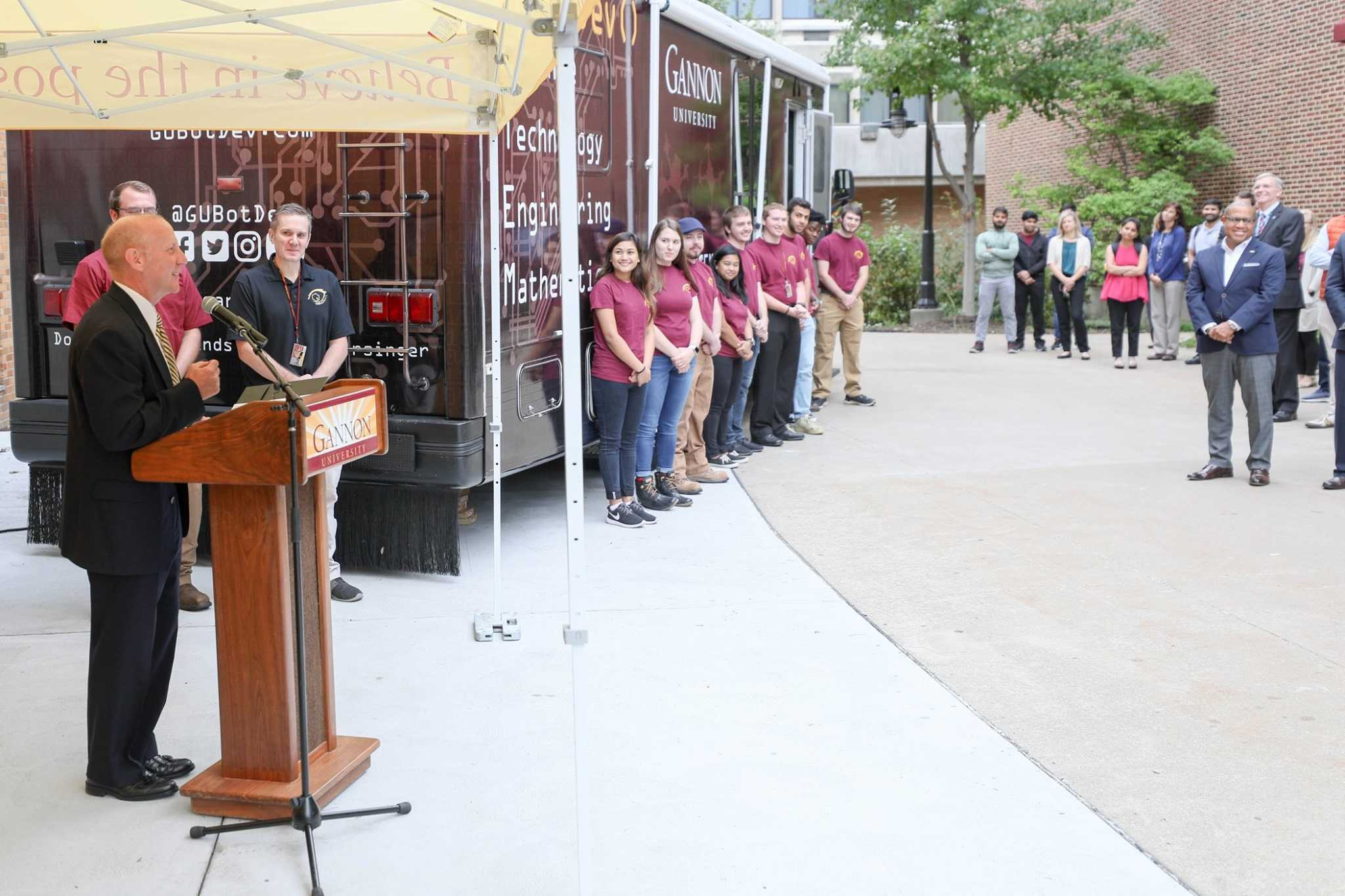Mobile STEM lab to spread innovation nationwide