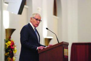 Hagel visit kicks off speakers' summit