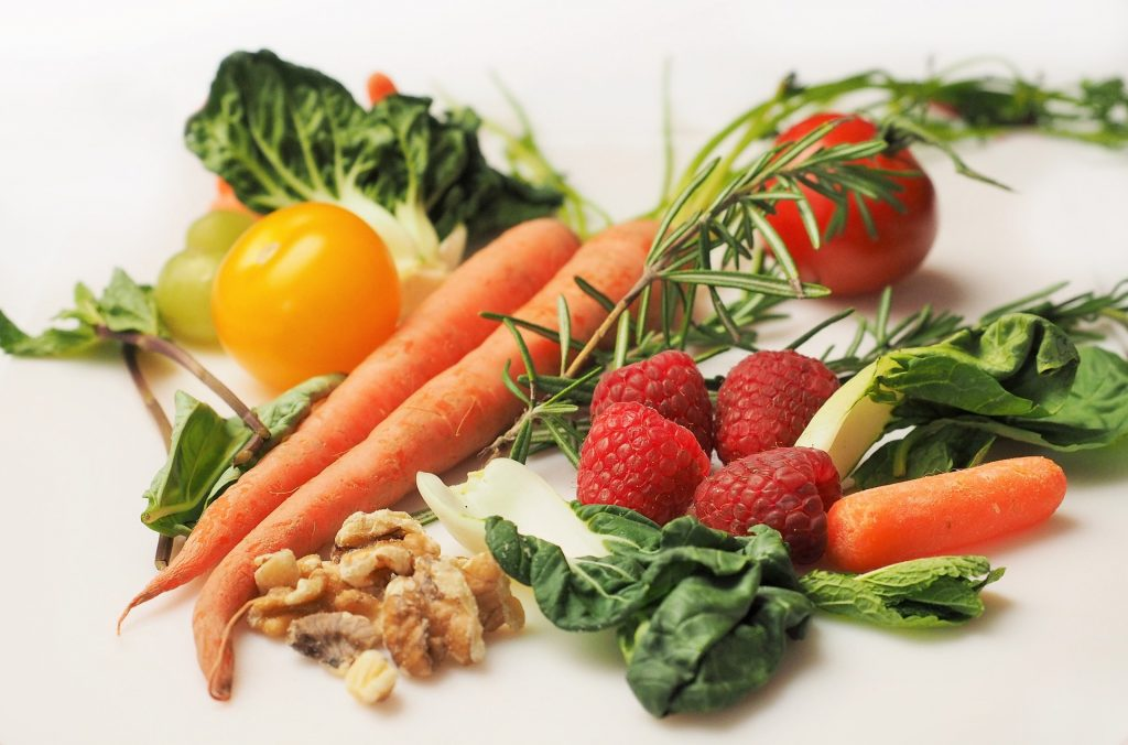 Students+continue+healthy+dieting+tactics